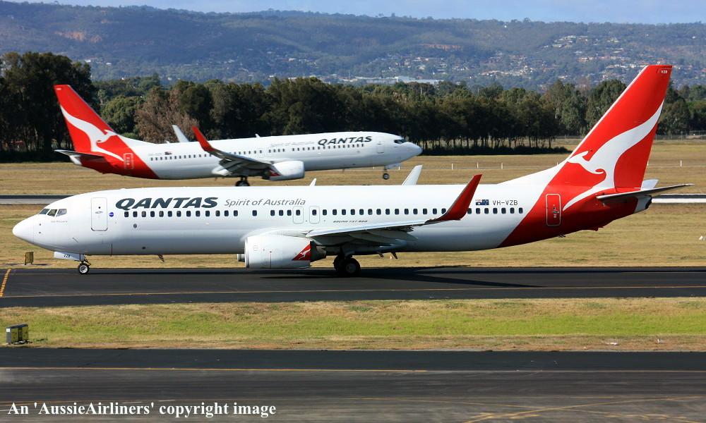 VH-VZB Boeing 737-838