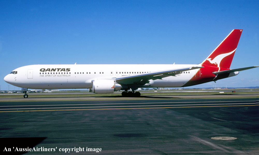 VH-OGT. Qantas The Spirit of Australia - 'Byron Bay' in the original ...